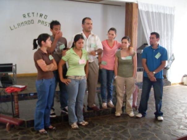 """Rev. Johnny Calvo con """"Prospectos"""" del Distrito Norte, Costa Rica"""