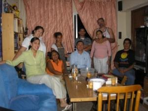 Una reunión de uno de los recién empezados Centros de Familias Cristianas (CFC) en España