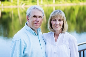 Misioneros nazarenos nuevos: Dr. Clark y Connie Armstrong