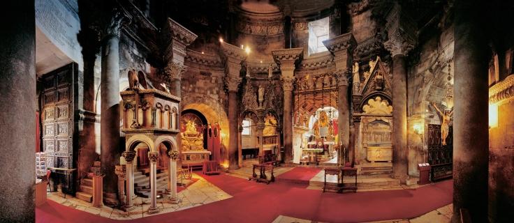 El interior del Catedral de Split