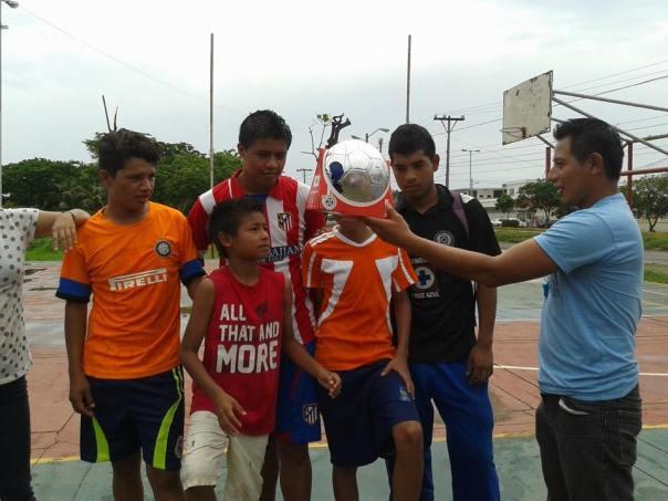 Marvin Ac organiza un torneo juvenil de Proyecto Gol en Veracruz, México