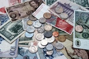 money-money-1518532-1279x852