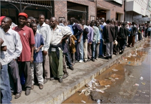 Waiting in line Zimbabwe