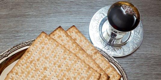 passover-wine-inside