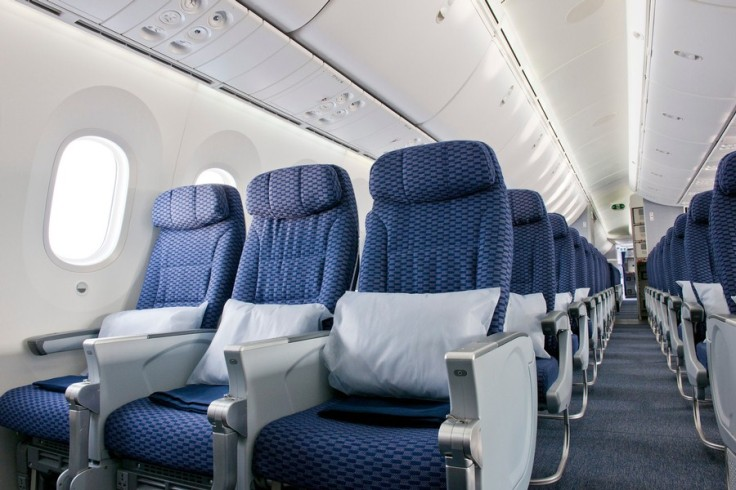 united-787-dreamliner-interior_1.jpg