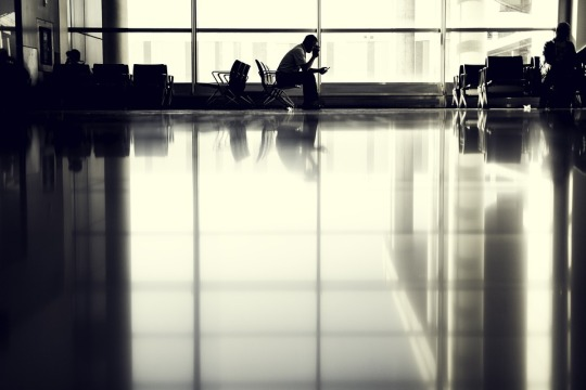airport-802008_960_720.jpg